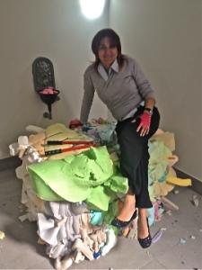 Maria Giovanna Villari sulla Foam di Josef Trattner prima dell'installazione