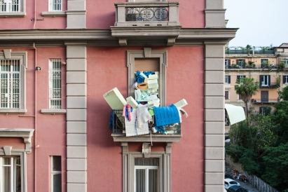 the building of the gallery during naples in the foam on 2013